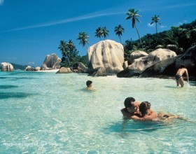 Lux Holiday in Seychelles