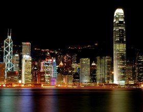 Hong Kong tourist arrivals fall by more than 3 per cent in 2009