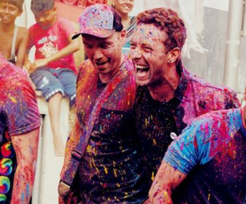 Coldplay'in Hindistan ve Renkler Festivali bereketi