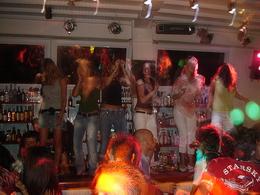 Mykonos Adası Gece Hayatı