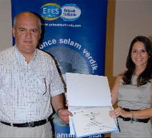 Efes Pilsen turizm eğitimini tamamlayanlara sertifikaları verildi