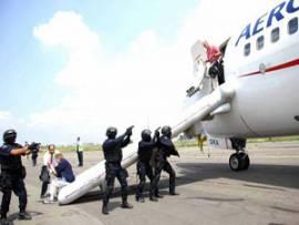 Meksika'da ilginç uçak kaçırma eylemi