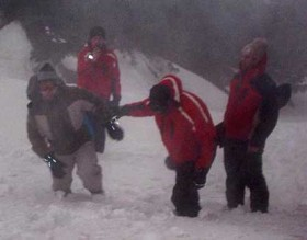 Snowboard yaparken kaybolan tatilci buludu