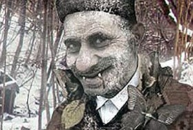 Vampir Savanoviç'in turist akınına uğrayan evi yıkıldı,Savanoviç geri döndü!