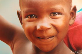 Afrika'nın Gülen çocukları sergisine yoğun ilgi