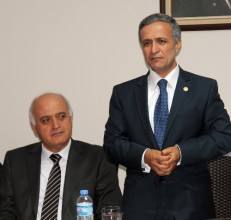 Manisa,İzmir'in gölgesinden kurtulacak
