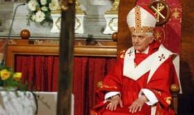 Papa 16. Benedikt, istifa etti