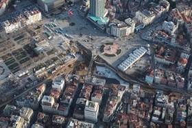 Taksim'de bulunan kemer, çalışmaları küçük çaplı aksatacak