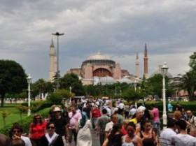 İstanbul'u iki ayda 1 milyon 150 bin turist ziyaret etti