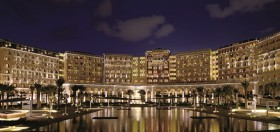 Ritz-Carlton Abu Dhabi, Grand Canal, açıldı