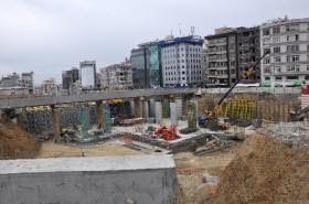 Taksim'de bulunan tarihi kemer kaldırılacak