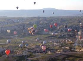 Ürgüp'teki balon kazasında yaralanan turistler taburcu oldu
