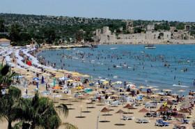 Turizmde sezon açıldı, 1,5 milyon kişi işe başlıyor