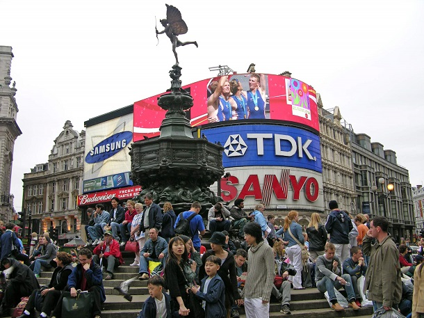 London 01 09 Piccadilly Circus