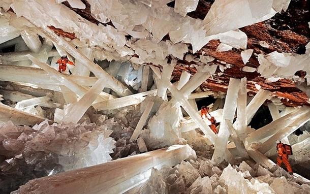 Dünyanın en büyük kristalleri Meksika'da sizi bekliyor