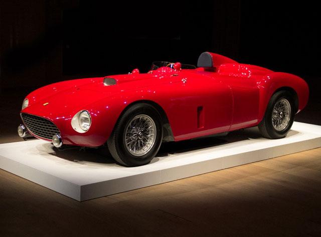 Ferrari'den rekor