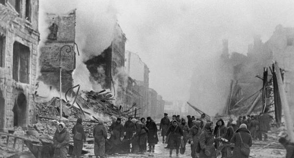 St.Petersburg Nazi ablukasından kurtuluşunun 70. yılını kutluyor