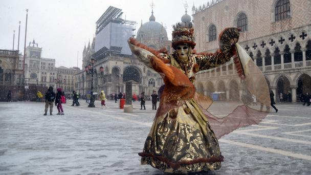 venedik-karnavali-2014