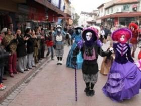 venedik-karnaval-korteji