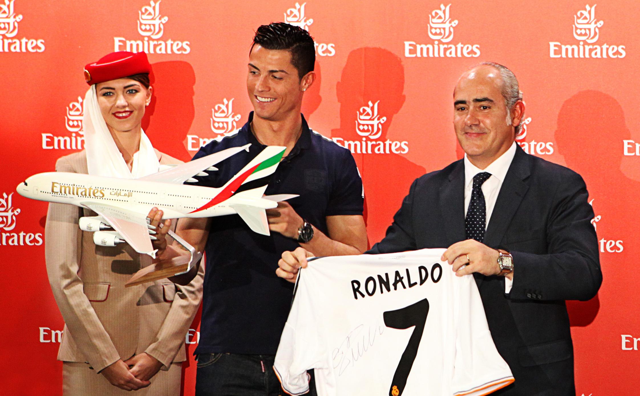 Ronaldo Pele Emirates Hava Yolları