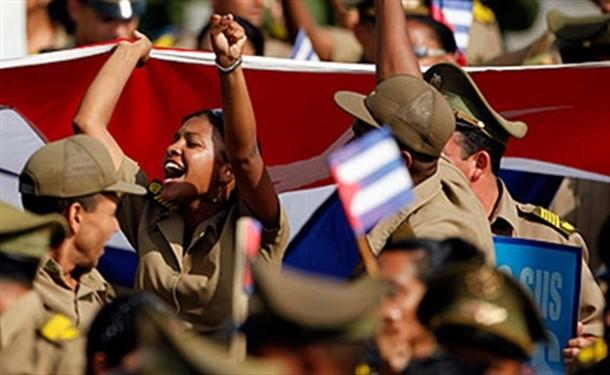 Dünya 1 Mayıs'ı Küba'da kutluyor