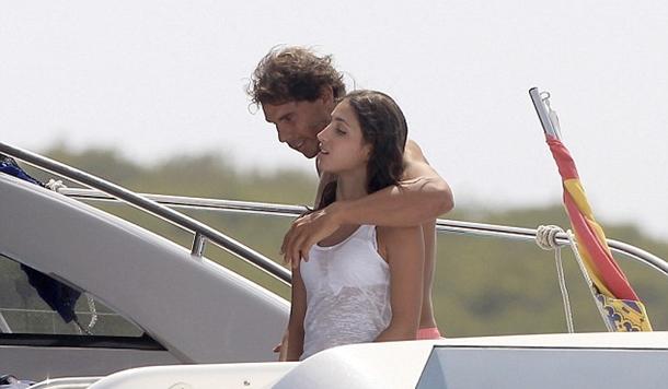 Rafael Nadal ve sevgilisi İbiza'da