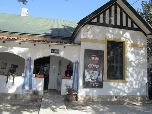 che-guevara-müzesi-cordoba-arjantin-La-casa-museo-del-Che-Guevara-en-Alta-Gracia (12)