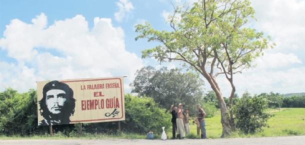 kübanın-renkleri-turistleri-cezbediyor-havana-puro-trinidad-che-guevara-fidel-castro-devrim-müzesi-küba-devrimi-özgürlük