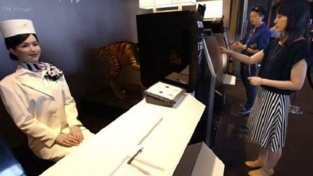 Robotların işlettiği ucuz otel Japonya