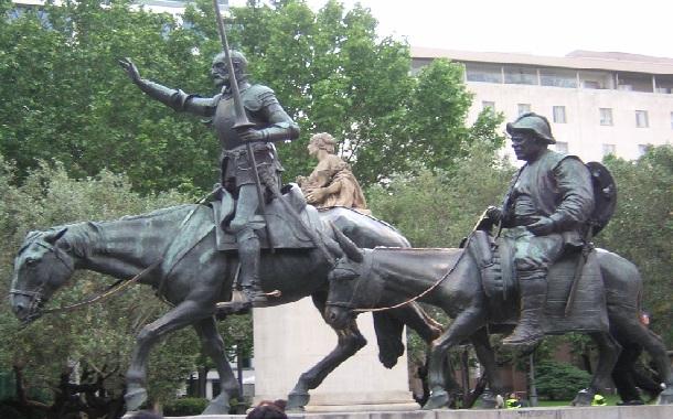 Don Kişot Anıtı