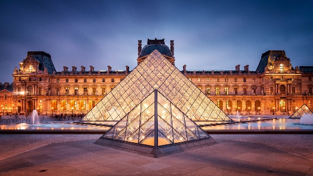 paris-yilbasi-turlari-louvre-müzesi-fransa