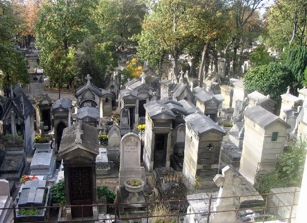 paris-yilbasi-turlari-père-lachaise-mezarlığı