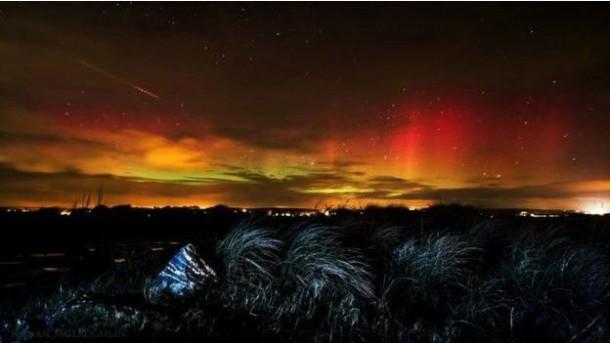 Kuzey İrlanda'nın Cork yöresinde Ballynamona Plajı / RONAN MCLAUGHLIN