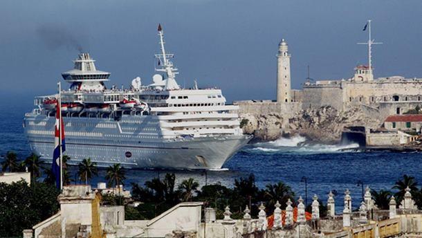 ABD'de yaşayan Kübalılar cruise gemileriyle Küba'ya girebilecek