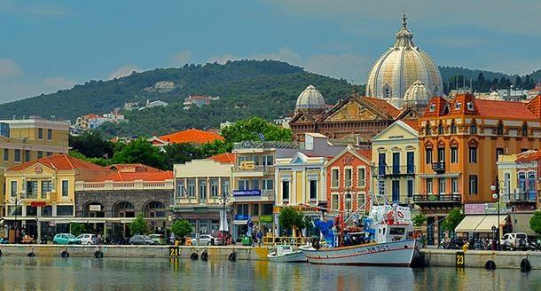 Yunanlı turizmcilerin umudu vize muafiyeti anlaşmasında