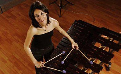 Marimba sanatçısı Lerzan Tuncer