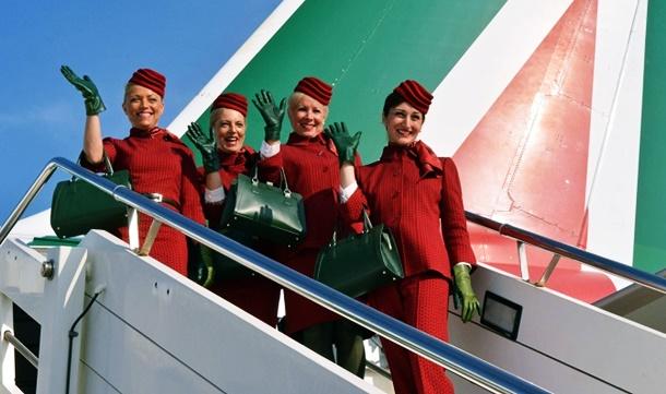 İtalyan bayrak taşıyıcısı Alitalia yeni üniformalarına kavuştu