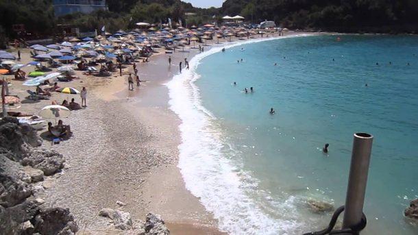 Sarakiniko-plaj