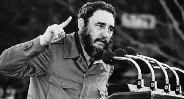 Küba devrim lideri Fidel Castro 90 yaşında