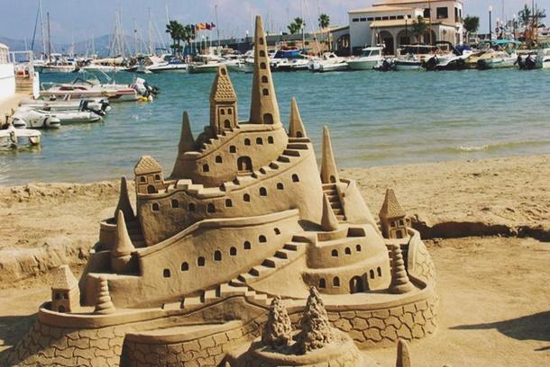 Girit Adası Kum Heykeli Festivali