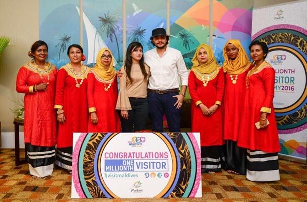 Hint okyanusunun turizm cenneti Maldivler, 2016 yılının 1 milyonuncu ziyaretçilerini ağırlanmanın gururunu yaşıyor.