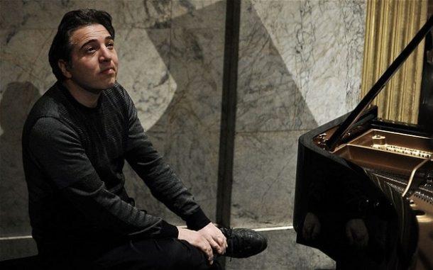 Dünyanın en prestijli müzik ödüllerinden biri olan Beethoven Akademi Ödülü'ne Fazıl Say layık görüldü.