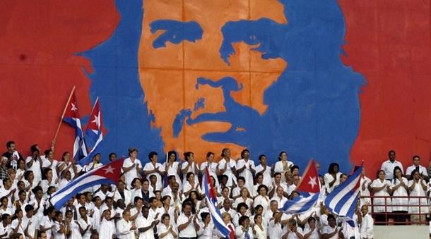 Dünyanın en gelişmiş sağlık sistemine sahip Küba, verdiği burslarla binlerce doktor yetiştirdi.