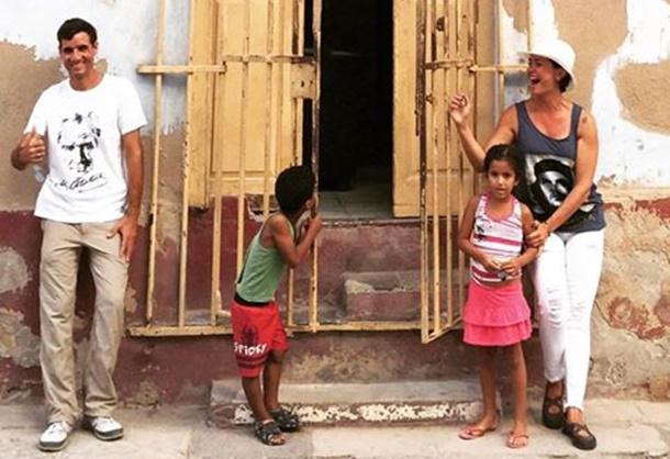 Ünlü gazeteci ve sunucu Özlem Gürses, geçtiğimiz haftalarda Karayipler'in ada ülkesi Küba'daydı.