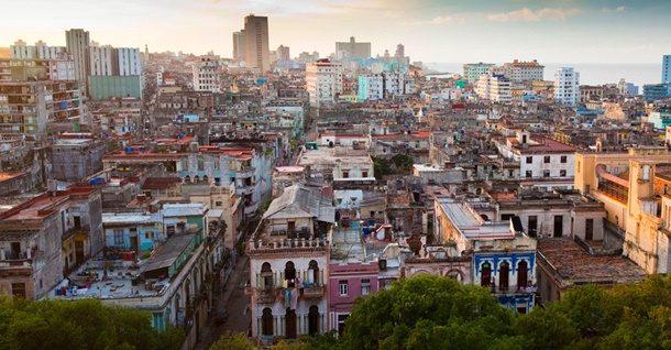 Türk Hava Yolları, Küba'nın başkenti Havana ile Venezuela'nın başkenti Caracas'a 20 Aralık'ta sefer başlatacak.