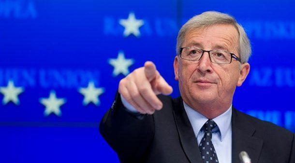 """AB Komisyonu Başkanı Juncker, Ankara'dan gelen vize muafiyeti mesajları için """"Tehditlerine duyarsızım"""" dedi."""