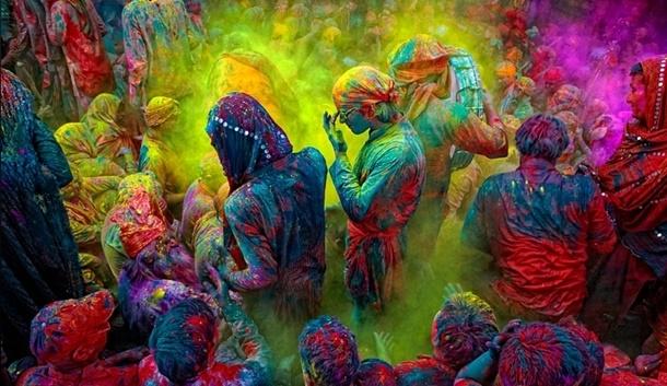 Mistik Ülkenin En Renkli Festivali Holi