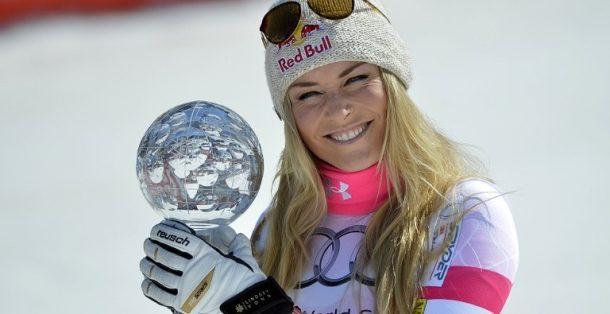 Alp disiplininde yarışan ABD'li ünlü kayakçı Lindsey Vonn, sakatlığının ardından pistlere dönüyor.
