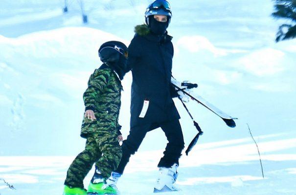Angelina Jolie Çocuklarıyla Kayak Tatilinde