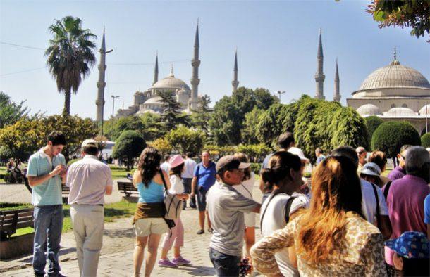 İstanbul turist sayısı ilk kez azaldı